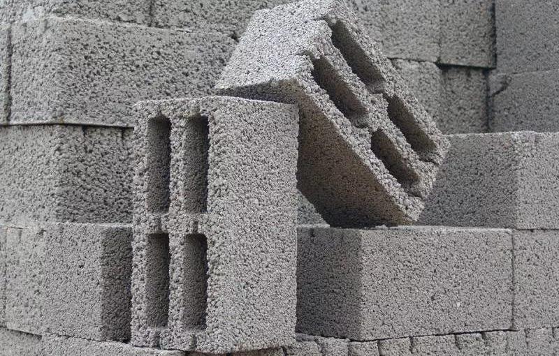 Особенности строительства дома из керамзитоблоков